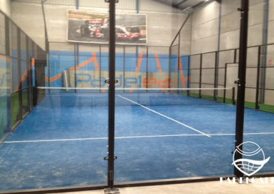 Mounting paddle courts in Cuenca